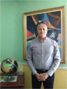 Dr. Anoldo Escalona